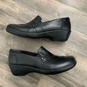 Black Clark's loafers